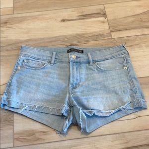 Abercrombie shorts low rise cut off light denim 27